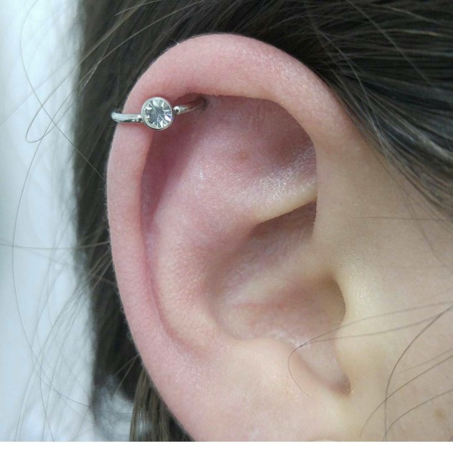 Ear Piercing Chart: 17 Types Explained (Pain Level, Price